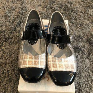 Girls Kid Express Silver and Black Flats